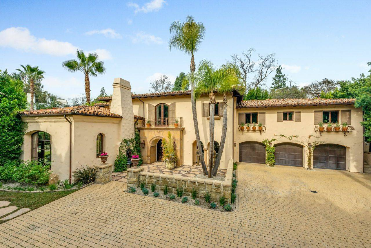 5 Extraordinary Homes for Sale Week of February 19 2015