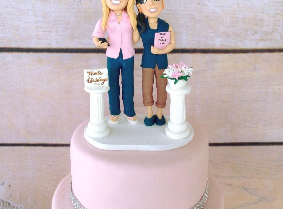 Unique Cake Toppers for Destination Weddings
