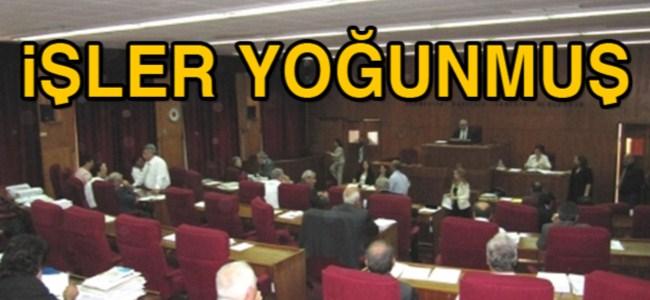 Meclis yine ertelendi