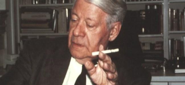 100 yaşına kadar sigara stokladı