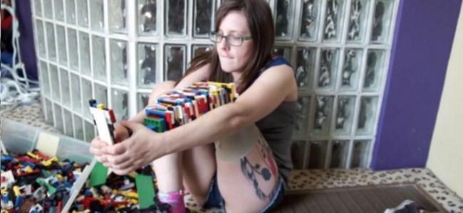 Legolardan Kendine Protez Bacak Yaptı! (Video)