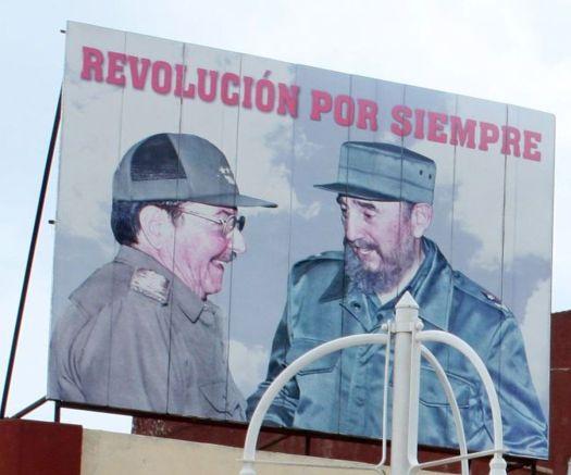 Fidel Castro und sein Bruder Raul