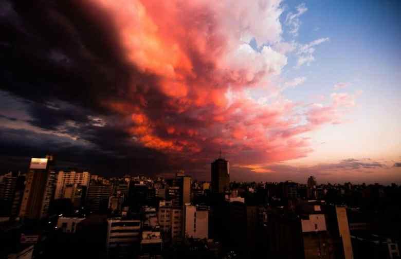 Rosario, Argentina just before a storm.