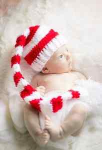 henry christmas newborn photos