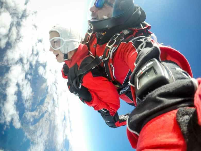 skydiving tandem
