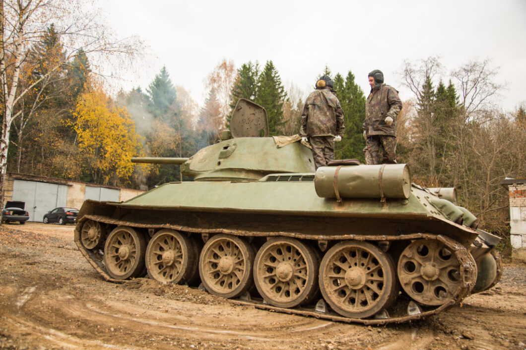 You Can Take a Tank Ride Tour in Moscow, Russia (Seriously!)