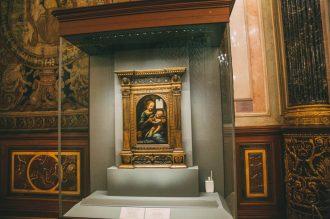 Madonna and the Child by da Vinci
