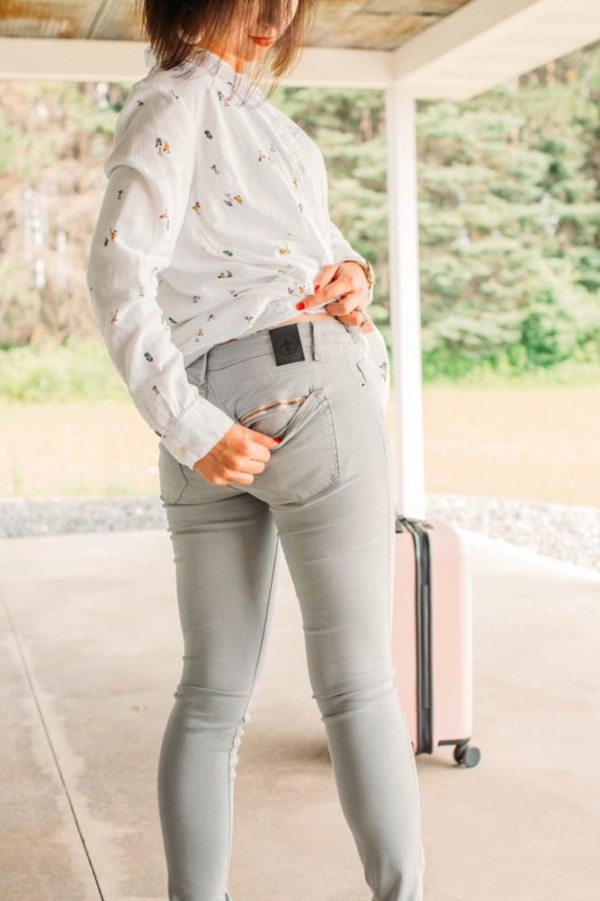 Aviator Slim Skinny Fit Travel Jeans Review