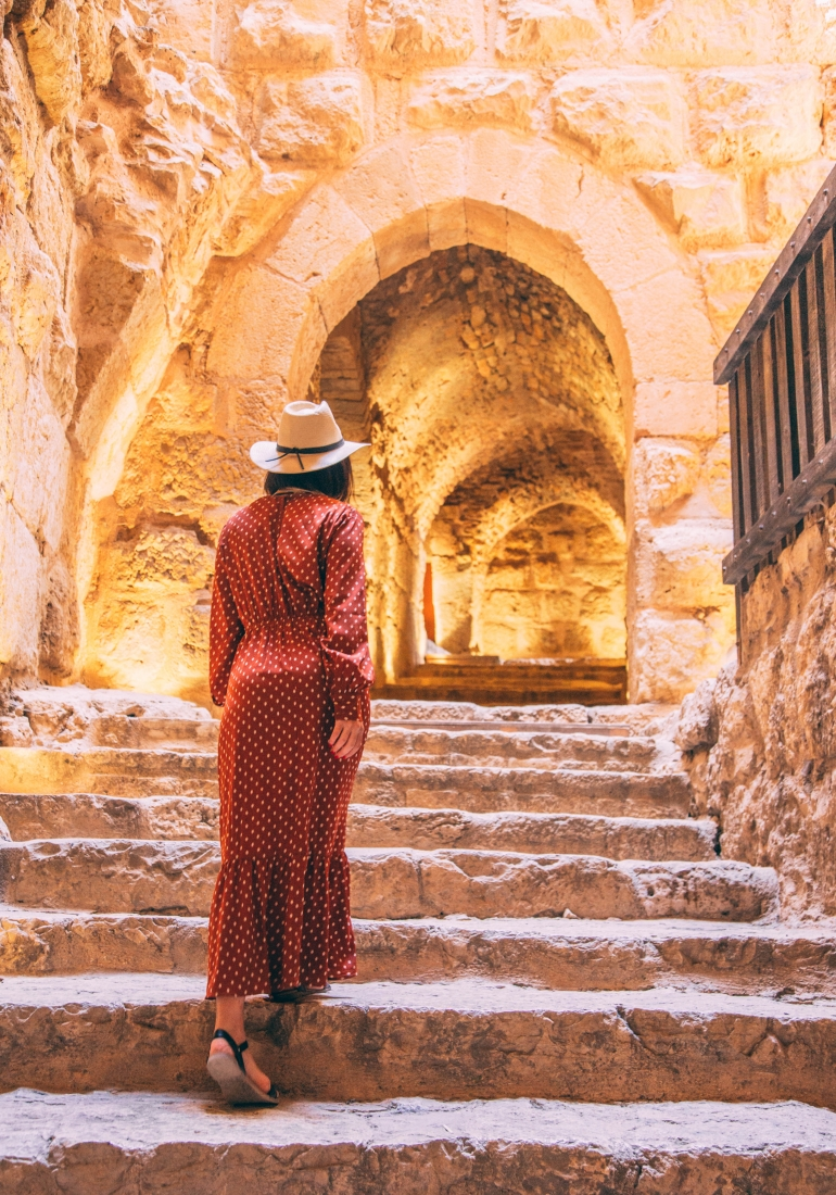 What to Pack for a Trip to Jordan as a Woman (to be Stylish, Comfortable & Modest)