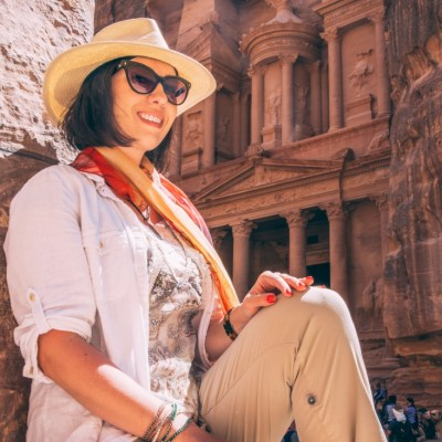 What to Wear to Explore Petra, Jordan (for the Ladies)