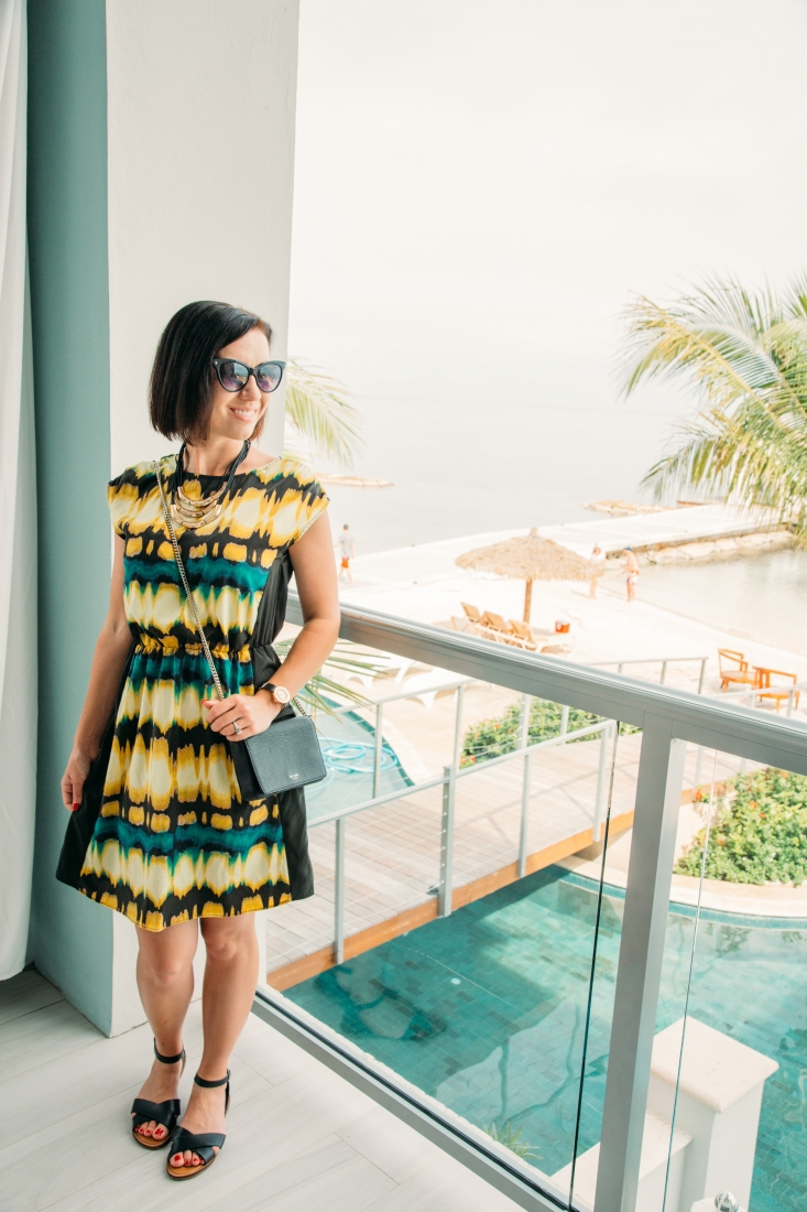 The Ultimate Sandals & Beaches Dress Code Guide for Women & Men