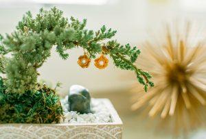Kelley Hollis gold pearl earrings