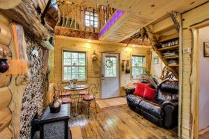 Boulderridge Treehouse in Bayfield Wisconsin