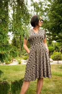 Karina Dresses Introduces New Wrinkle-Free Fabrics for Fall Collection