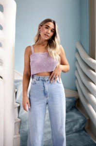 Slight Chain-ge Relaxed Crop Top