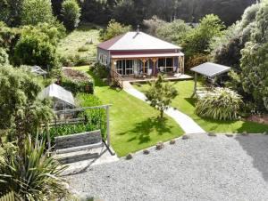 Koromiko farm stay at Loch Sloy Farm Little River - Little River, Canterbury, New Zealand