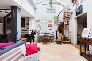 Évoluez dans une atmosphère calme et artistique tout près du centre de Paris