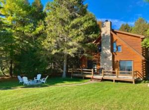 Lake Michigan cabin retreat in Door County