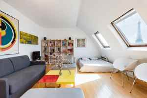 Spectacular Eiffel Tower Views From Bright Apartment