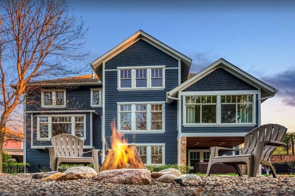 Your Dream Escape with a Movie Theater and Hotel Luxuries VRBO Minnesota