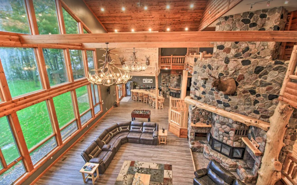 Cabin lodge with luxury accommodation - Isle, Minnesota