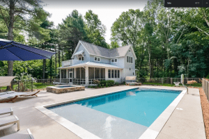 Cozy 4-bedroom Lake Trail Treehouse Cottage with Heated Pool and Hot Tub - Saugatuck