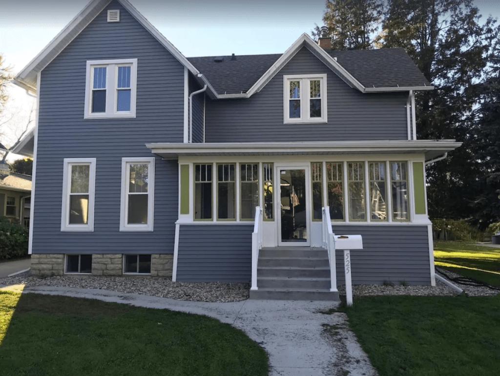 1895 Fully Renovated 4-bedroom Farmhouse - Appleton