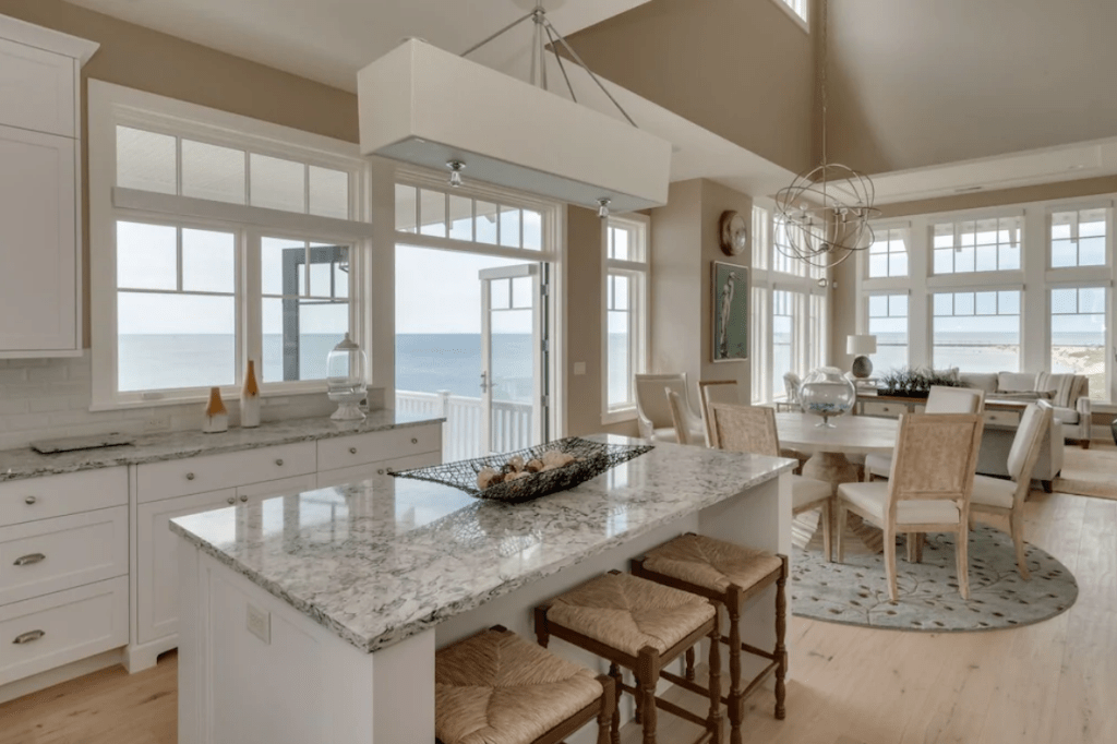 Luxury Lakefront Home with Hot Tub and Outdoor Kitchen - South Haven