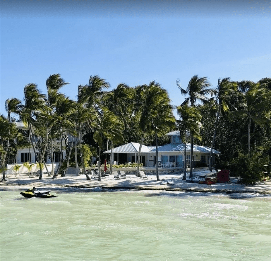 Privately Gated 3-bedroom House in Sunset Beach Paradise with Pool - Key Largo