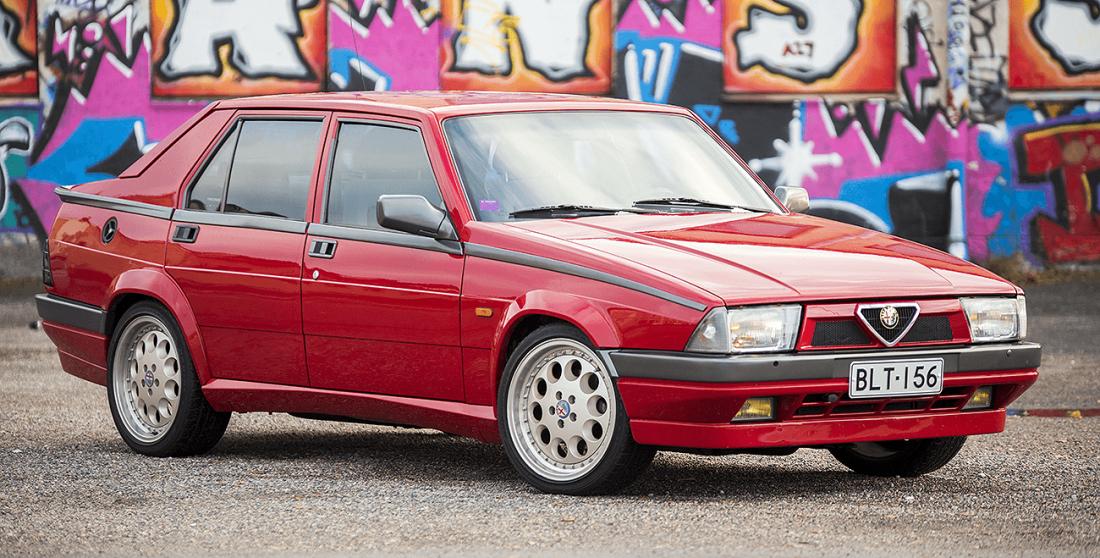 Alfa Romeo 75 2.0 Twin Spark etuviistosta