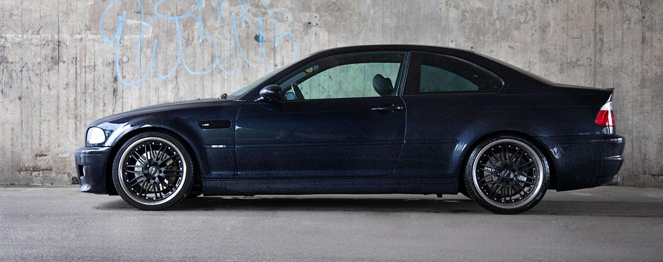 BMW E46 M3 sivusta