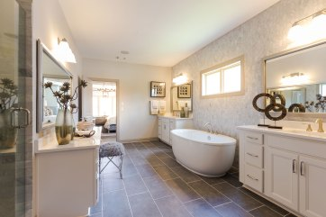 Haven-Design-Works-Atlanta-CalAtlantic-Traditions-Owners-Bath-freestanding-tub