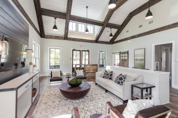 Haven-Design-Works-Atlanta-Edward-Andrews-Larkspur-Clubhouse-farmhouse