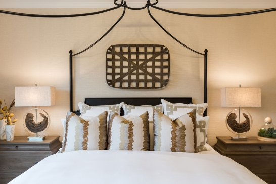Haven-Design-Works-Atlanta-Edward-Andrews-Larkspur-Owners-Suite-poster-bed