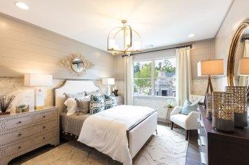 Haven-Design-Works-Atlanta-Traditions-Guest-Suite-wallpaper