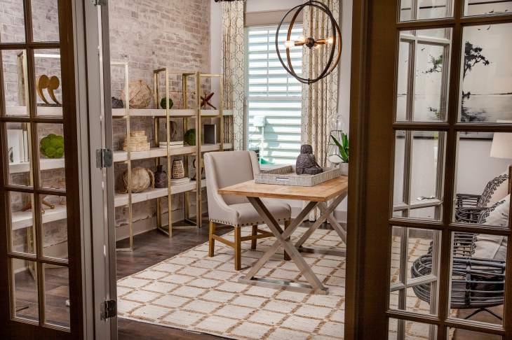 Cover-Haven-design-works-Atlanta-K.Hovnanian-Charleston-Marseilles-model-home-Study-min