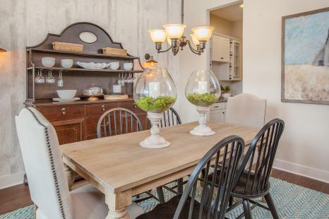Haven-design-works-Atlanta-K.Hovnanian-Charleston-Lewes-model-home-Dining Room-min