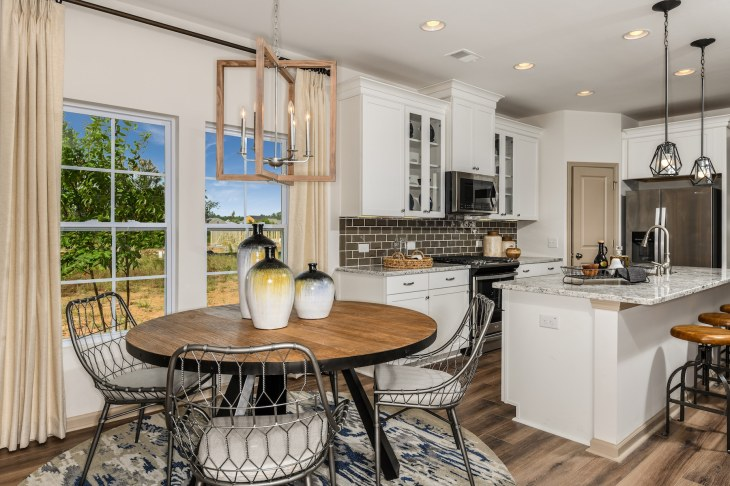 Cover-Haven-design-works-Atlanta-CalAtlantic-Charleston-Liberty Village-model-home-Open-Dining