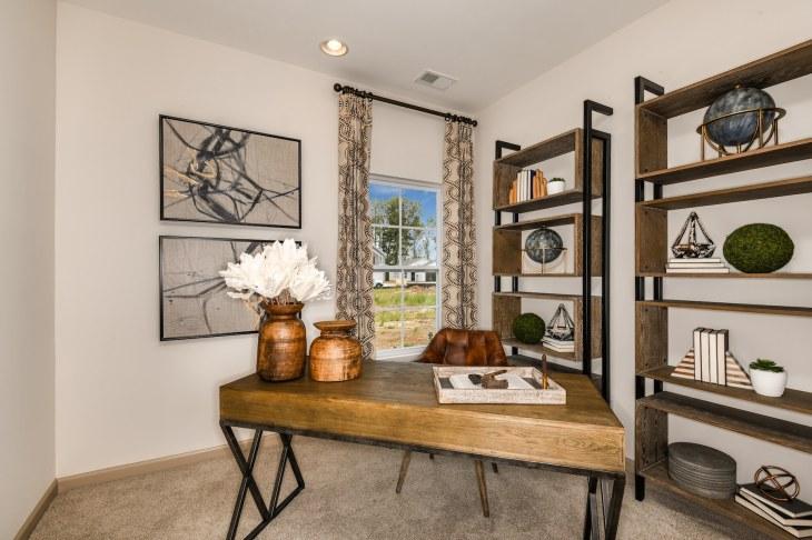 Haven-design-works-Atlanta-CalAtlantic-Charleston-Liberty Village-model-home-Study