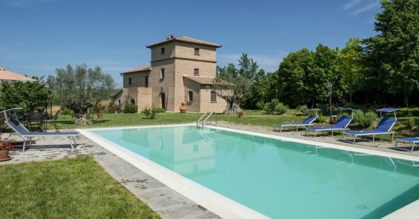 046RT 4 Bedroom Villa for rent in Arezzo Tuscany