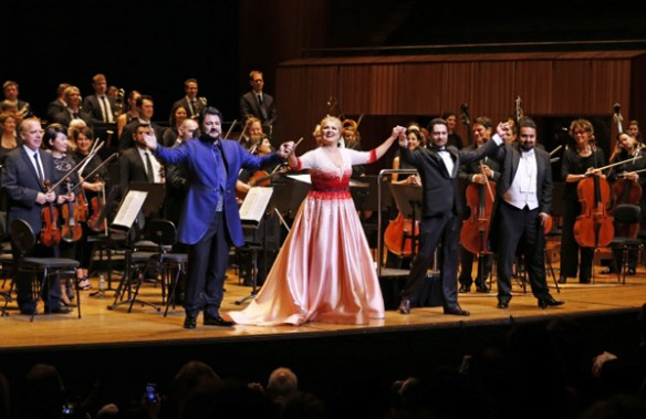 Yusif Eyvazov, Anna Netrebko, Mikhail Tatarnikov, Elchin Azizov at the end of the second half. Photo in Limelight Magazine by David Youdell.