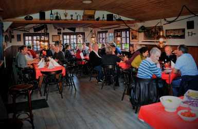 39 medlemmer deltog i Havneforeningens årlige julefrost lørdag den 19. november. Der var en rigtig hyggelig julestemning selv om julefrokosten blev holdt lidt tidligere i år