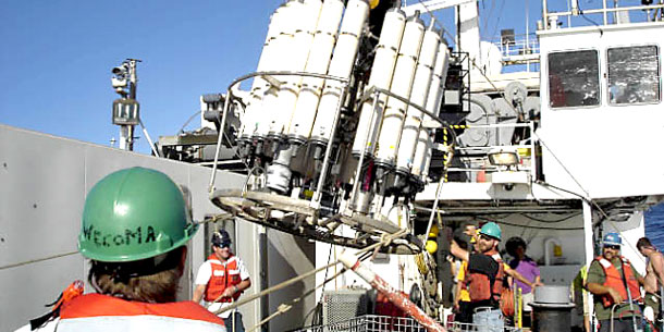 HOT News: Pacific Carbon Pump Speeds Up In Summer