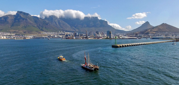 Hokulea voyaging canoe arriving at Cape Town