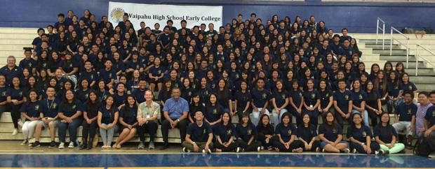 large group of Waipahu High School students