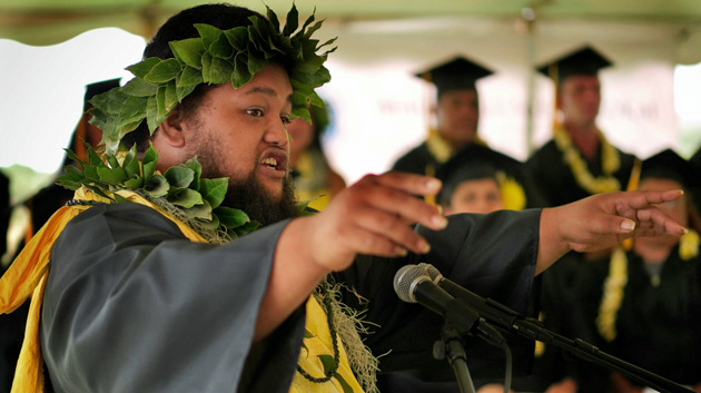 Student Speaker Inspires At Molokaʻi Commencement