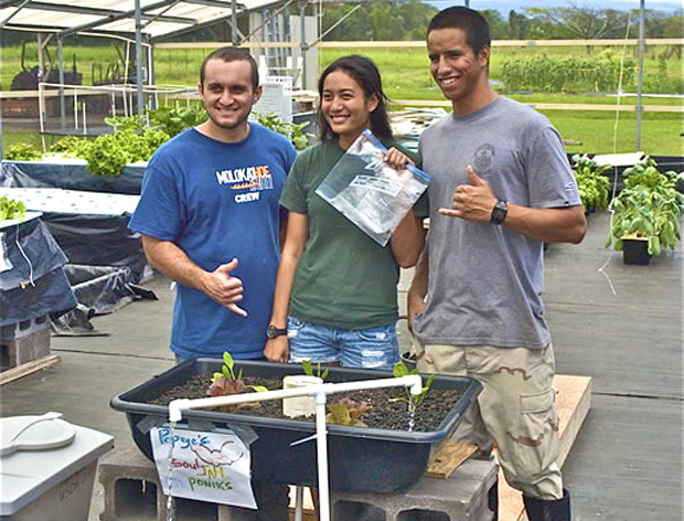 Hilo students growing plants sustainably