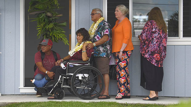 Hawaiʻi CC Hands Keys To 50th Model Home To Local Family