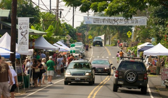 The Coffee & Art Stroll in Holualoa town. Photography by Baron Sekiya for Hawaii 24/7.
