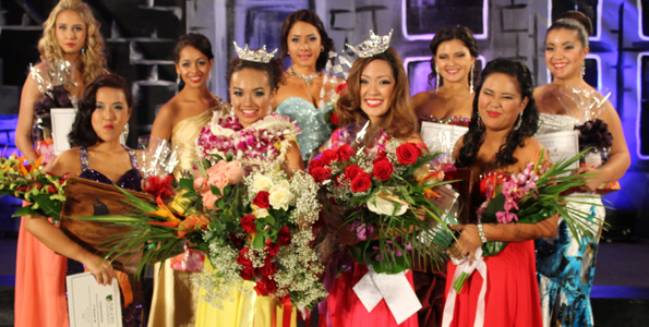 Miss Kona Coffee Scholarship Pageant 2014 contestants. (Hawaii 24/7 photo by Karin Stanton)
